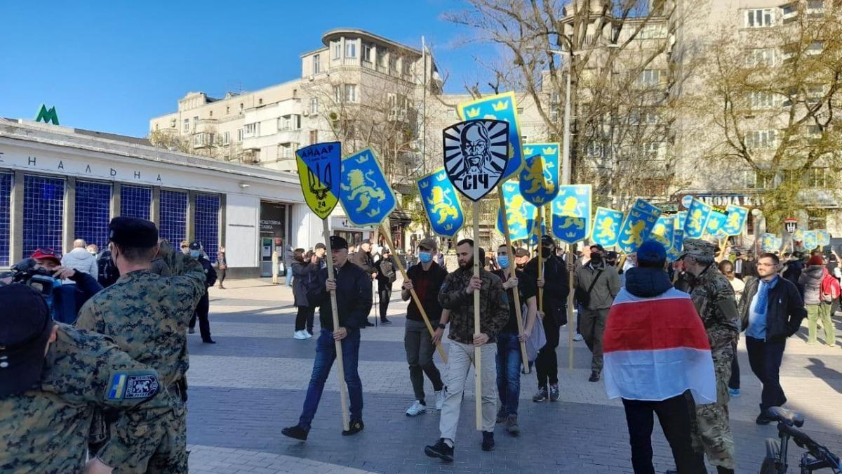 У КМДА кажуть , що акція була заявлена як марш вишиванок / УНІАН