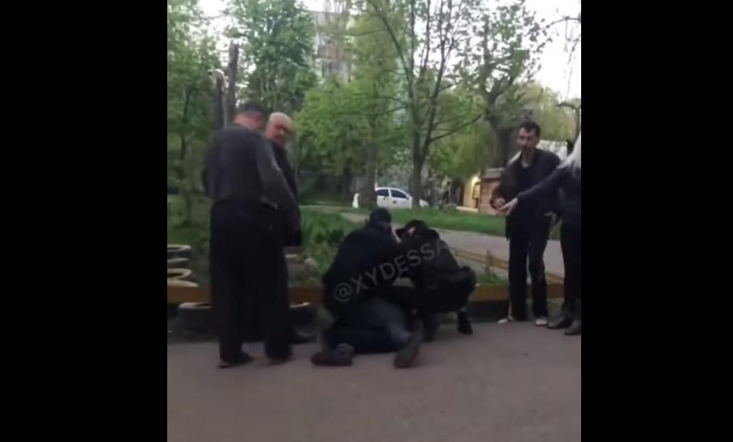 Інцидент стався на вулиці Героїв Крут / скріншот з відео