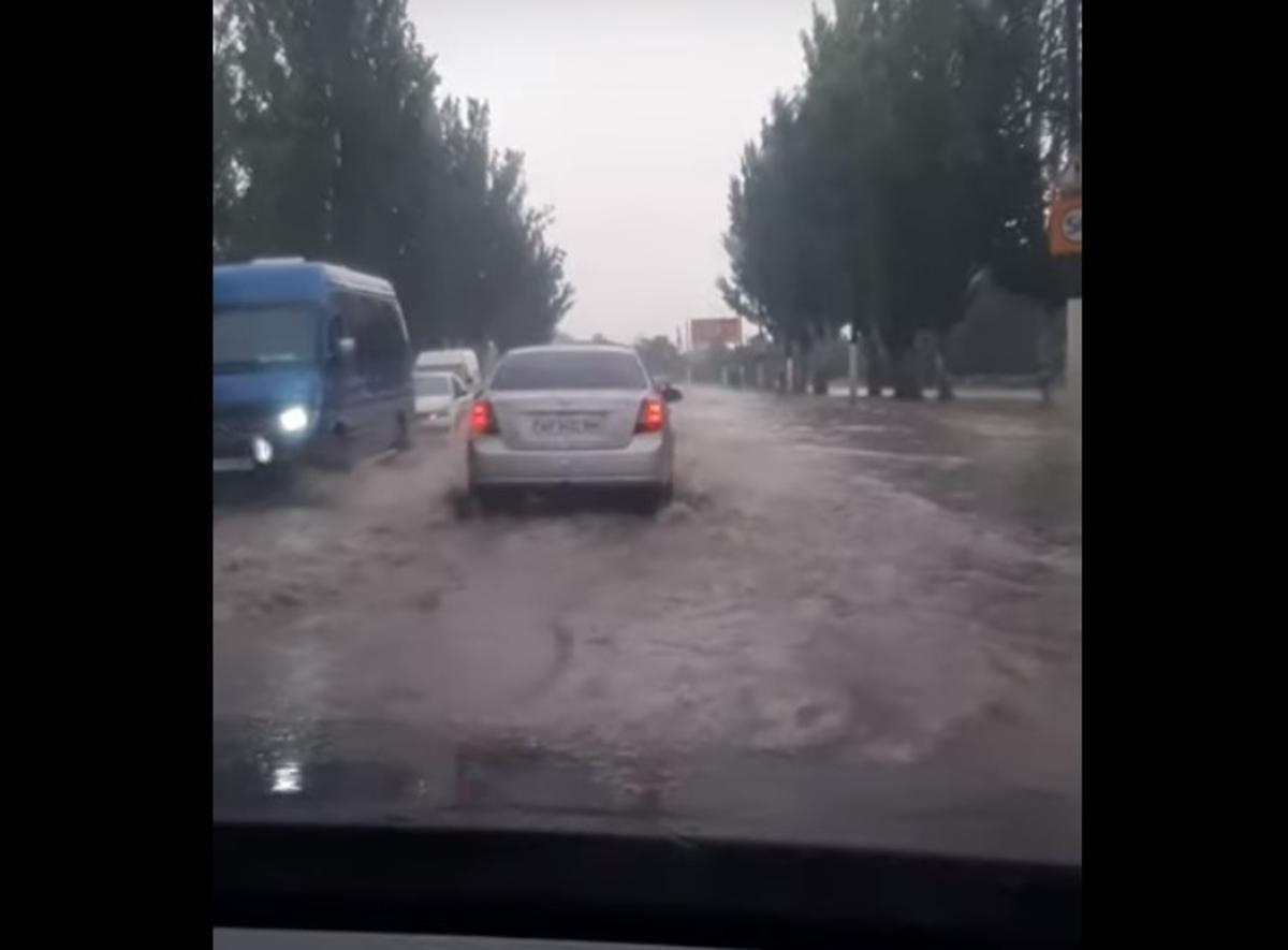 Мелітополь затопило / скріншот відео