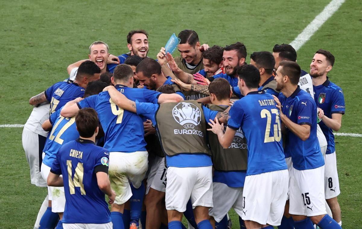 Збірна Італії увійшла до числа головних фаворитів турніру / фото REUTERS