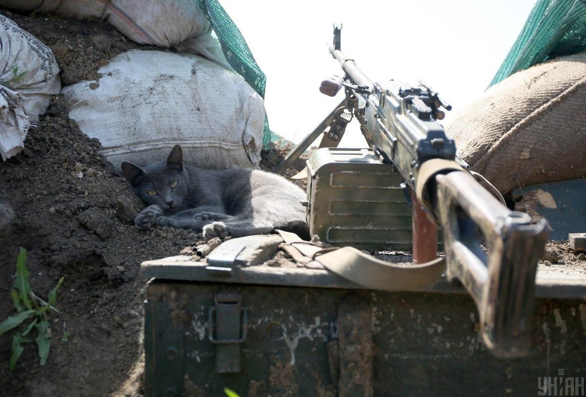 Українські військові відкрили вогонь у відповідь / фото УНІАН, Анатолій Степанов