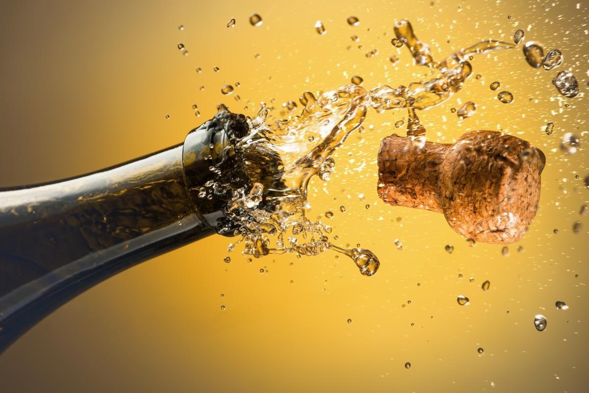 Рецепты коктейлей с шампанским / фото ua.depositphotos.com