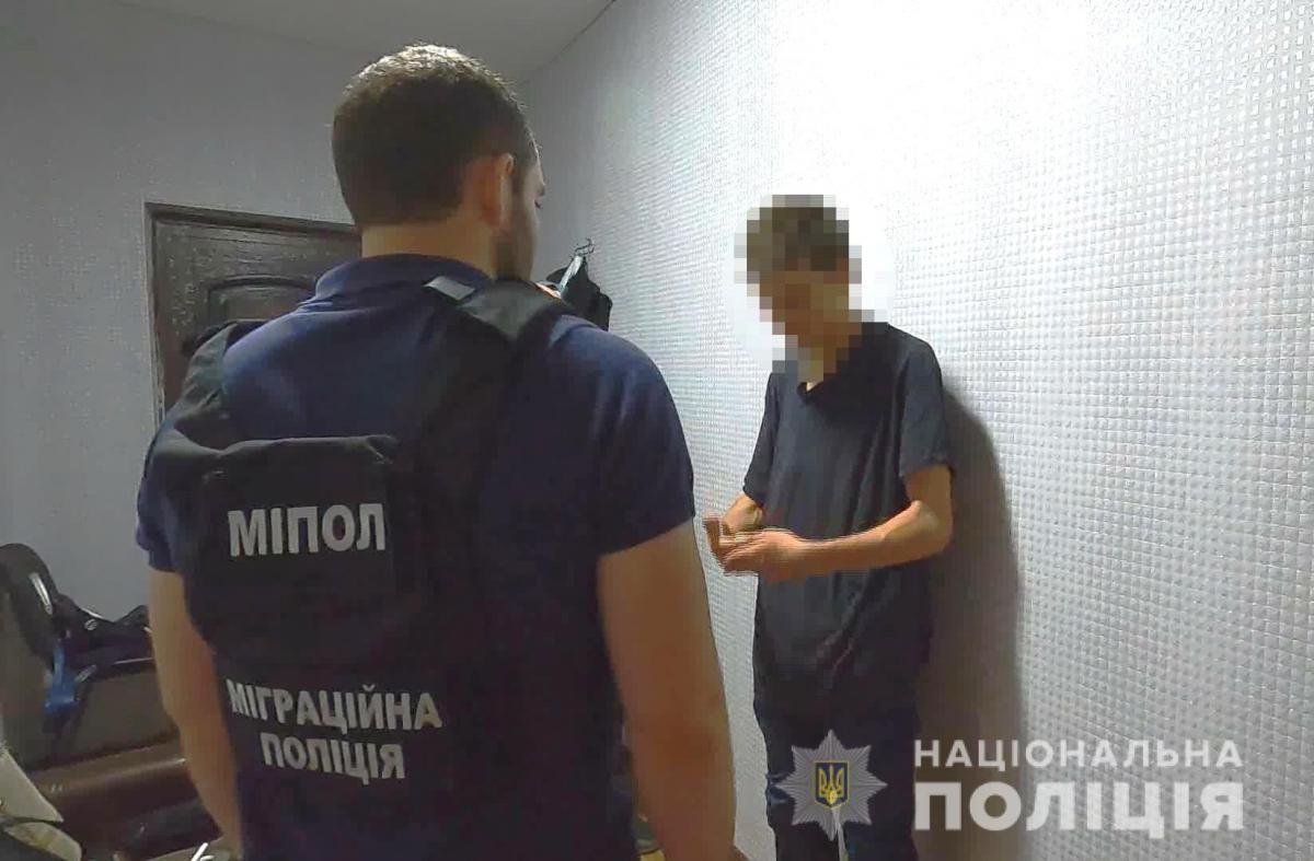 32-летнему злоумышленнику объявили о подозрении / od.npu.gov.ua
