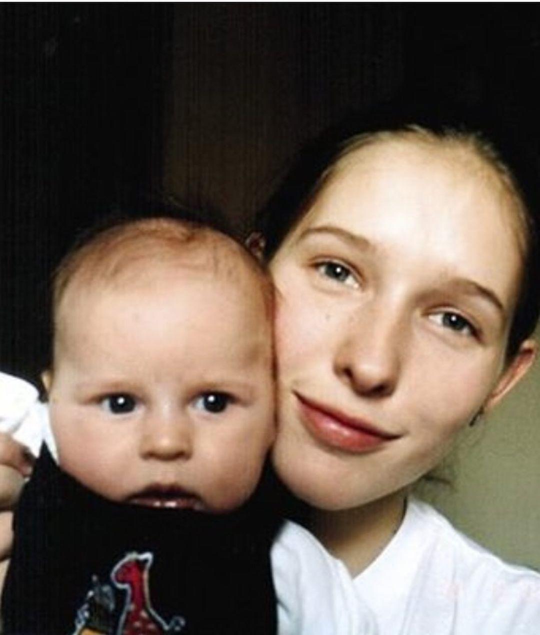 Осадча привітала сина з днем народження / instagram.com/kosadcha
