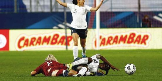 Football : les Bleues s'imposent contre l'Angleterre (3-1) en match amical