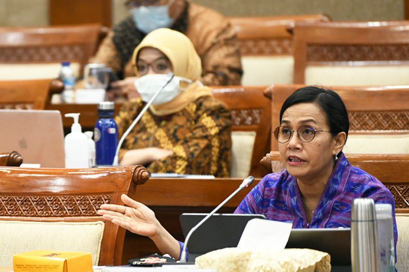 https: img.okezone.com content 2020 07 22 20 2250370 sri-mulyani-prepare-funds-specifically-rp10-trillion-for-regions-to-do-what-PR3pcM7Gic.jpg