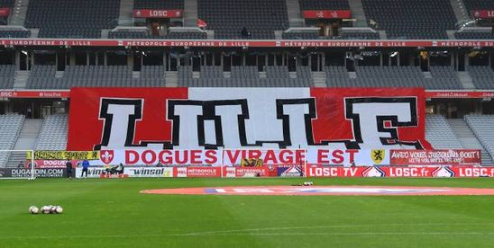 Foot - L1 - Lille - Les supporters de Lille font monter la pression