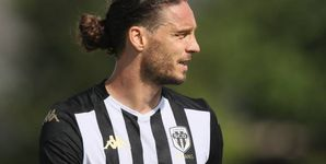Foot - L1 - Angers - Angers : Mateo Pavlovic prolongé