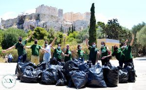 Athens: The Acropolis was filled with volunteers!
