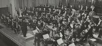 Nederlands Philharmonisch Orkest speelt Nederlandse premières van Thomas Adès en Lotta Wennäkoski