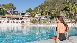 Holiday Green  Resort & Spa *****