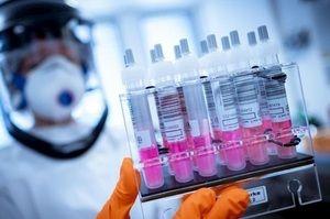 Британські вчені випробують ефективність вакцин від коронавірусу у вигляді інгаляцій