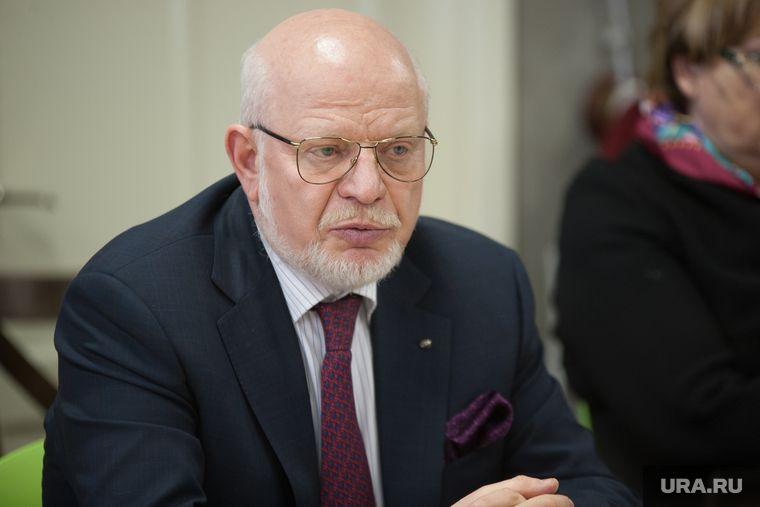 Путин отправил в отставку главу Совета по правам человека