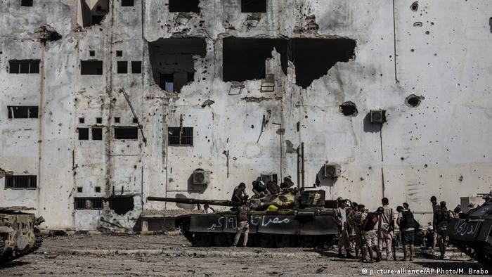 Руїни міста Сирт після вигнання прихильників ІДІЛ