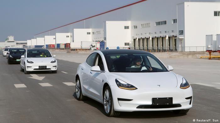 Tesla упевнено пішла на обгін