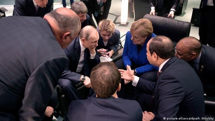 Володимир Путін, Ангела Меркель і Абдель Фаттах Ас-Сісі на конференції по Лівії в Берліні