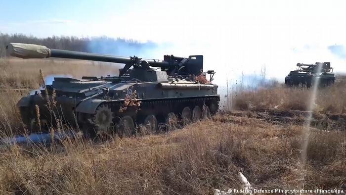 Російська військова техніка поблизу російсько-українського кордону