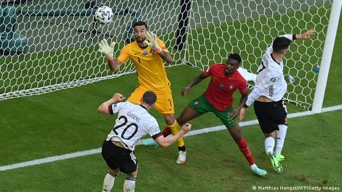 Робін Ґозенс головою забив 4-й гол за збірну німеччини