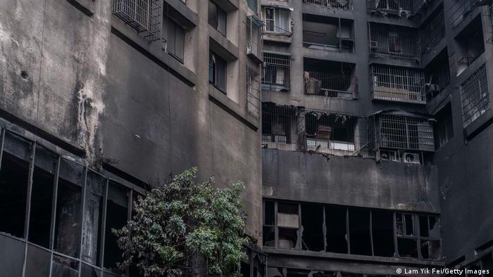 Пошуково-рятувальні роботи в багатоповерхівці тривають