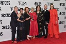 "Broadway: ""Hadestown"" et ""The Ferryman"" grands vainqueurs des Tony Awards"
