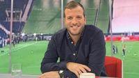 Van der Vaart recula tras la goleada de España