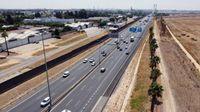Abren al tráfico los viales construidos para el desvío alternativo al puente del Centenario de Sevilla