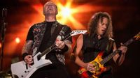 Metallica divide a sus fans: J Balvin, Miley Cyrus o Elton John cantan en la reedición del mítico 'Black Album'
