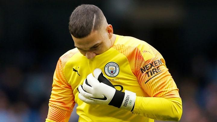Manchester City goalkeeper Ederson's expression, after being broken into by Wolverhampton Wanderes players in the English League match at Etihad Stadium, Manchester, 6 October 2019. REUTERS / Andrew Yates