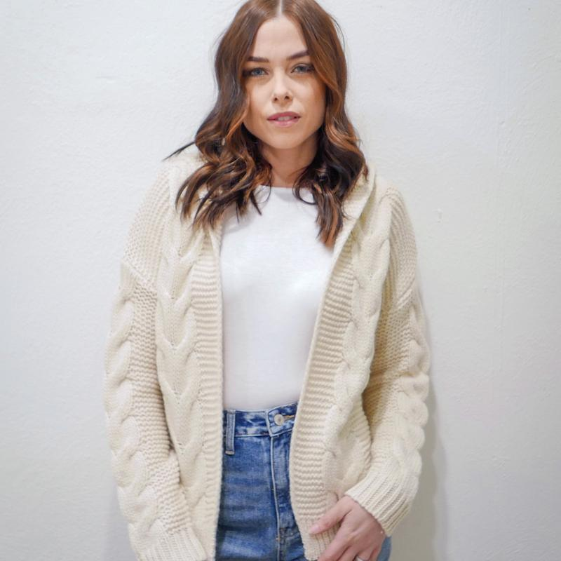 Heat up my heart cable knit sweater in ivory
