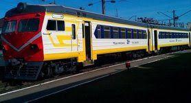 """Вандали пошкодили та викрали обладнання із нещодавно модернізованого приміського поїзда """"Київ-Фастів"""", - """"Укрзалізниця"""""""