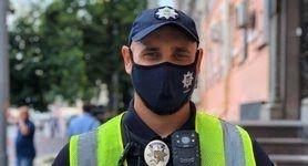 Столичних поліцейських почали вакцинувати другою дозою препарату CoronaVac, - Крищенко