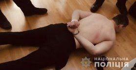 Затримано чоловіка, який відкрив стрілянину з травматичного пістолета на АЗС на Івано-Франківщині. Поранено двох осіб, - МВС. ФОТО