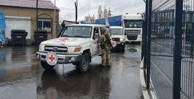 """За тиждень в ОРДЛО направили 14 вантажівок """"гуманітарки"""""""