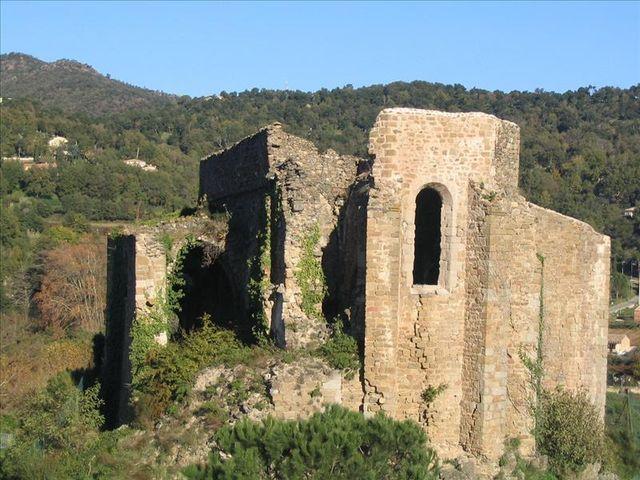 Ruines de l'église St Pons