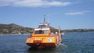 Capitaine Nemo - Glass-bottom boat