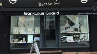 L'Artisan Bijoutier By Jean-Louis Giraud