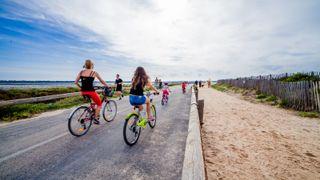Parcours cyclable du littoral - V65 - détour : Hyères/Olbia > La Tour Fondue