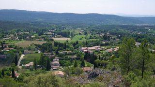 Belvédère sur le village de Villecroze