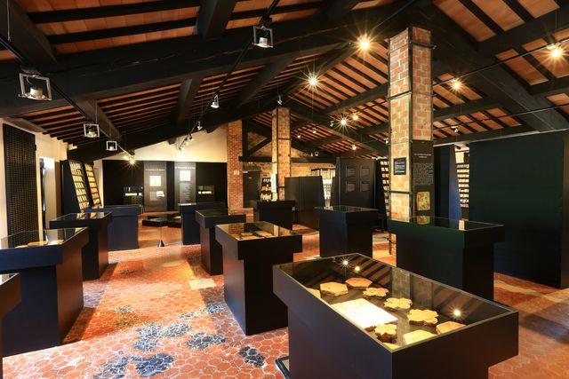 Terra Rossa Maison de la Céramique Architecturale
