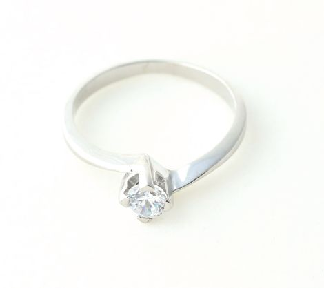 Aetoma Ασημένιο μονόπετρο δαχτυλίδι με λευκό ζιργκόν