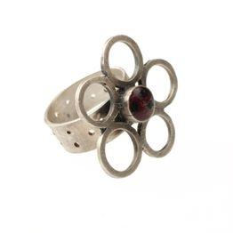 Antria Ασημένιο δαχτυλίδι λουλούδι με κύκλους