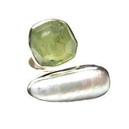 Efstathia Ασημένιο δαχτυλίδι με πράσινο πρενίτη και μαργαριτάρι