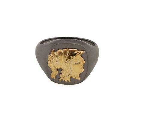 Jt Ανδρικό δαχτυλίδι με χρυσή κεφαλή της θεάς Αθηνάς