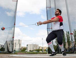 Metz : un écran géant pour suivre l'épreuve du lancer de marteau des jeux olympiques