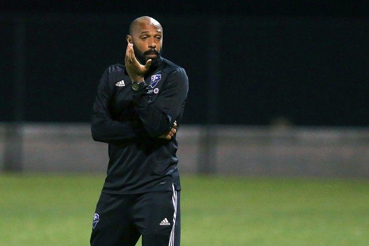 亨利:退役后我一直在想着比赛 教练员的工作是我一直想要做的