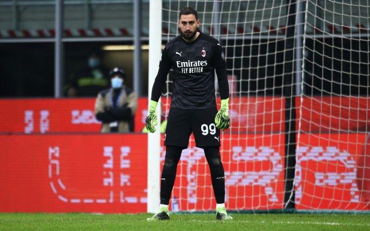 慢镜头:多纳鲁马可能在欧洲杯前与米兰续约2年,年薪800万欧