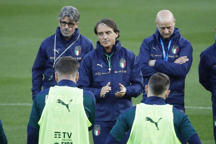 曼奇尼的意大利共有32名球员取得进球,在意大利队史位居第二
