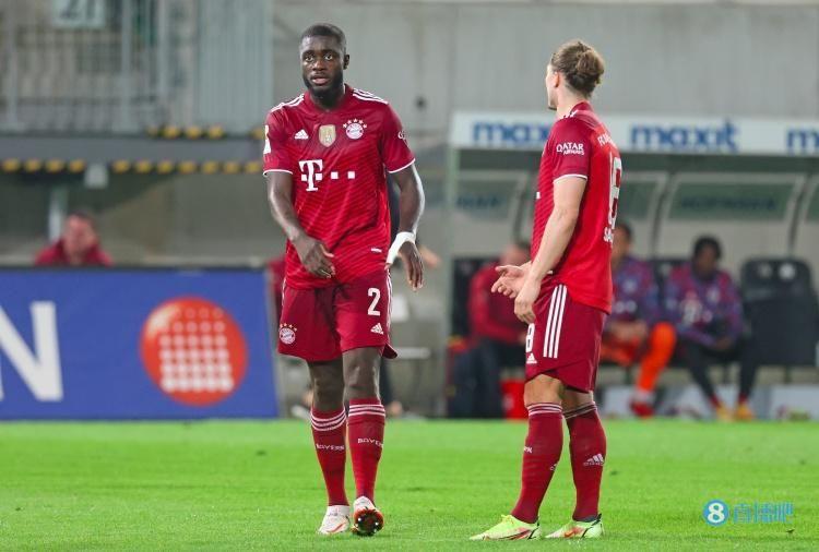 拜仁卢卡斯谈于帕:他对主教练的战术很熟悉,能迅速适应球队打法