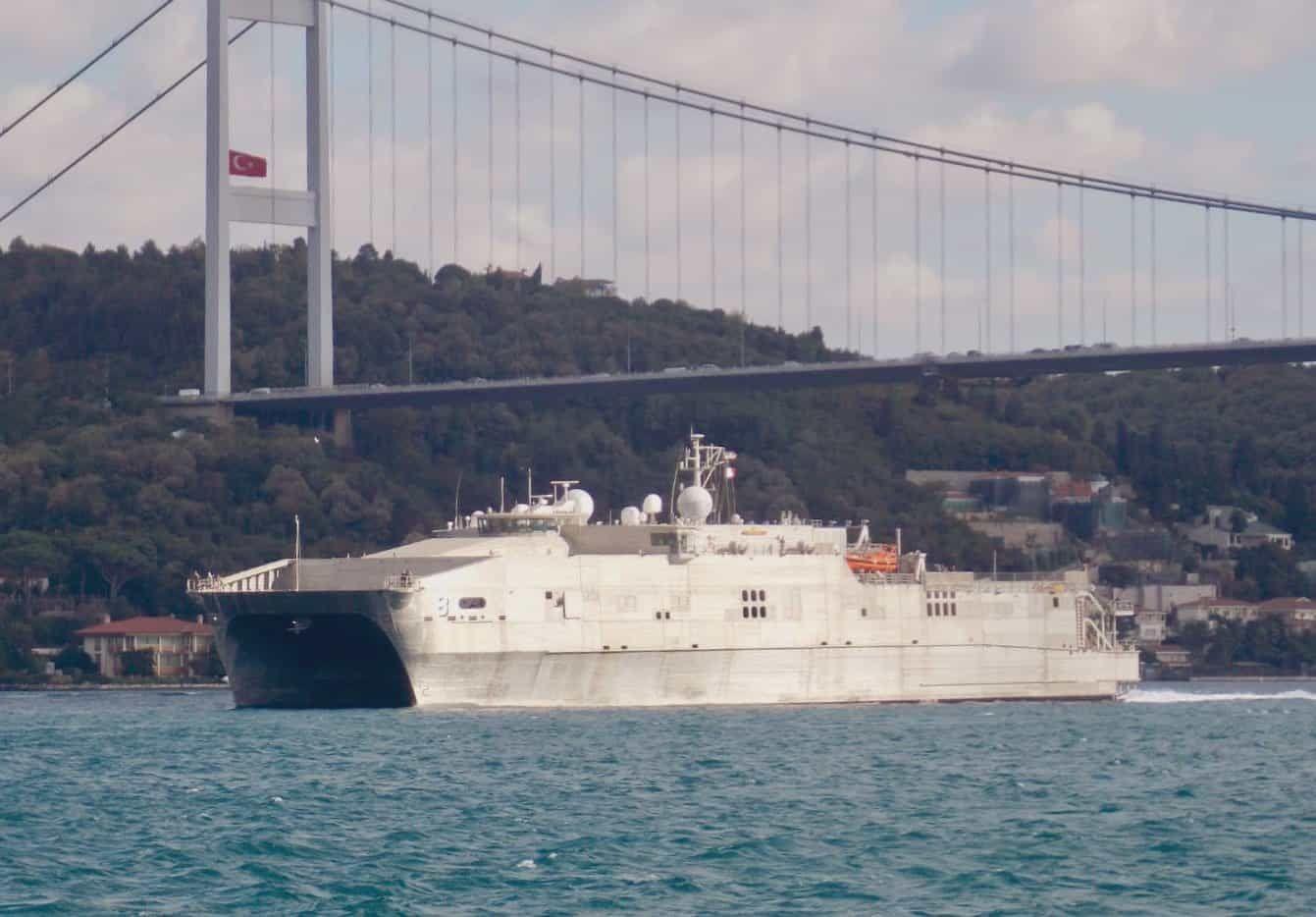 Десантне судно Yuma ВМС США увійшло у Чорне море