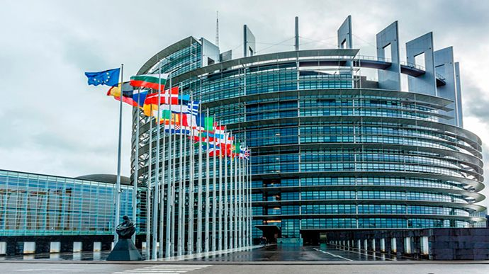 В Европарламенте заявили об угрозе безвизу. Все дело в САП!
